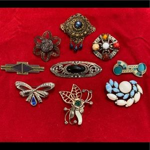 Lot of 7 Vintage Brooches